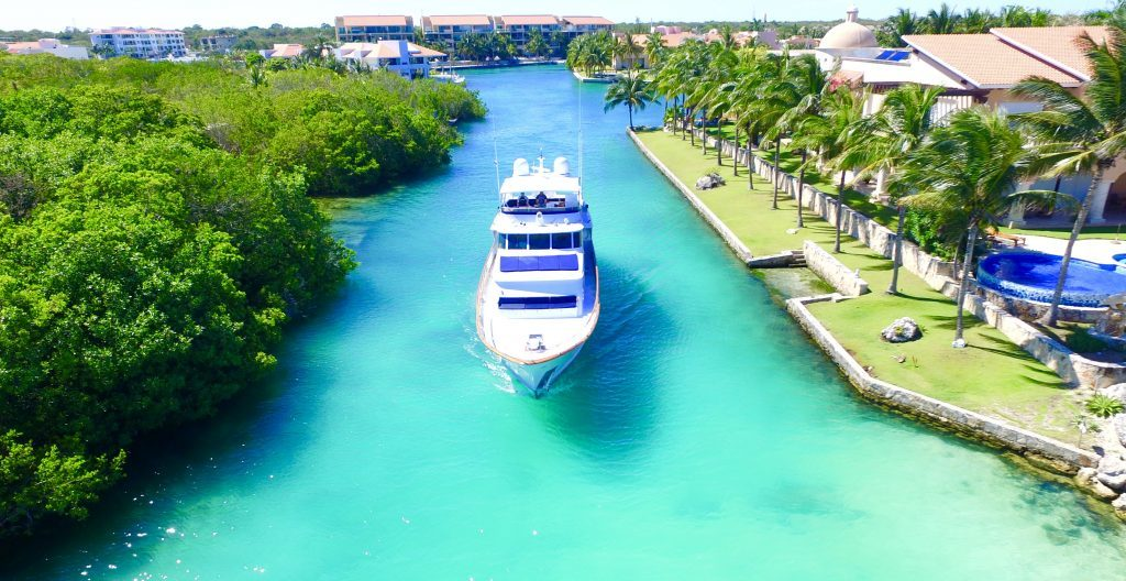 Large 80 ft Boat | Yacht Rental